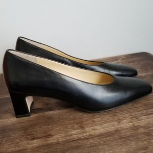 a1e238665c9 Amalfi for Nordstrom black leather pumps